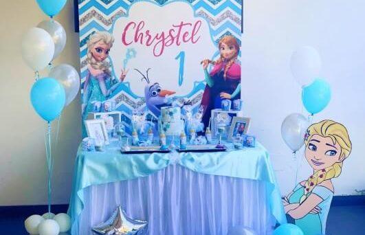 Decorazione tavola a tema Frozen