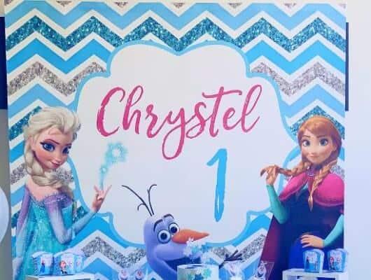 Fondale a tema Frozen.