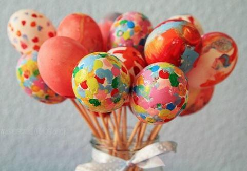 Pasqua per bambini consigli e idee per una super festa - Decorare le uova per pasqua ...