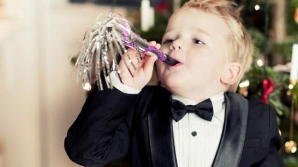 bambino elegante capodanno