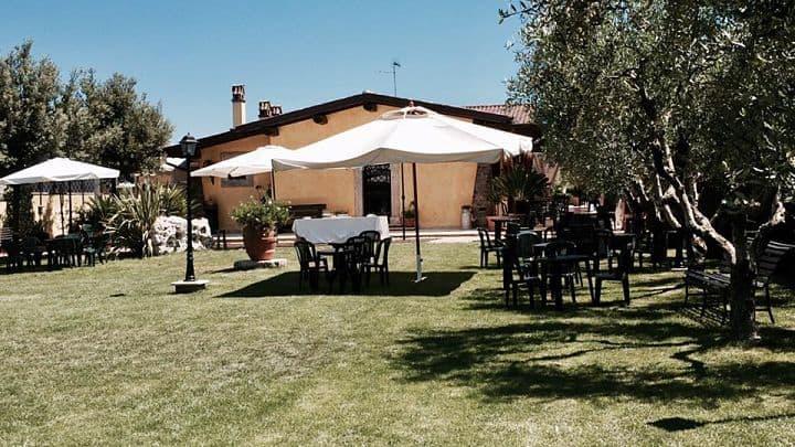 location sala feste castelli romani il casale dei frutteti giardino