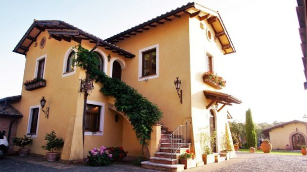 location sala feste roma nord casale antica cassia esterno villa