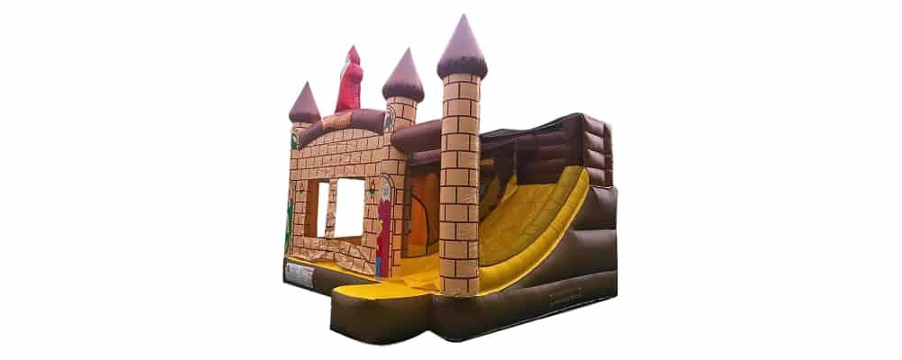 installazione del gonfiabile castello medievale