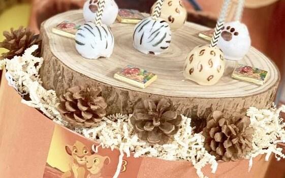 Dischi di legno per decorazioni a tema Re Leone.