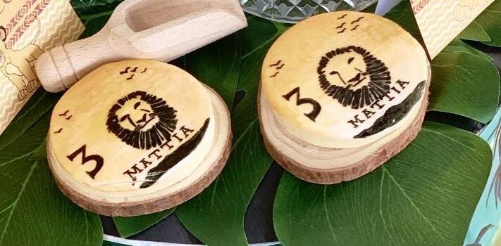 Biscotti con glassa personalizzati a tema Re Leone.