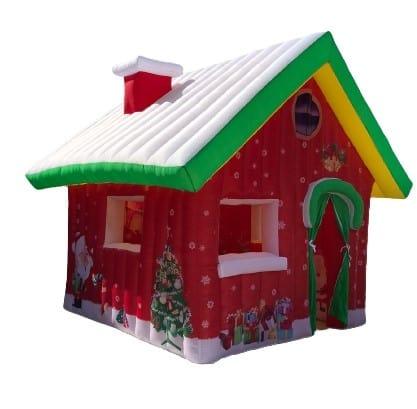 gonfiabile a forma di casetta natalizia