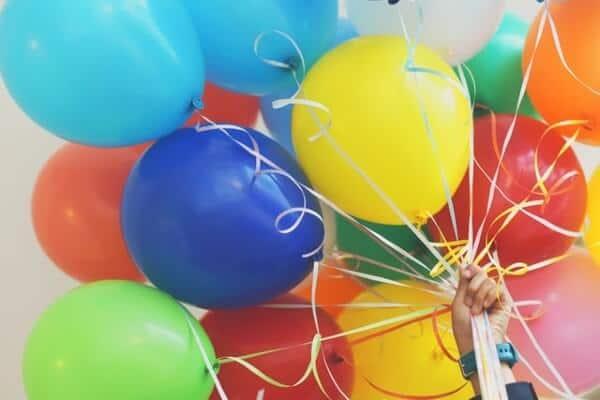 Allestimenti con i palloncini per feste a tema bambini